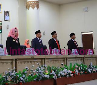Hj.  Winarti, SE Hadiri Pelantikan Pimpinan DPRD Tulang Bawang