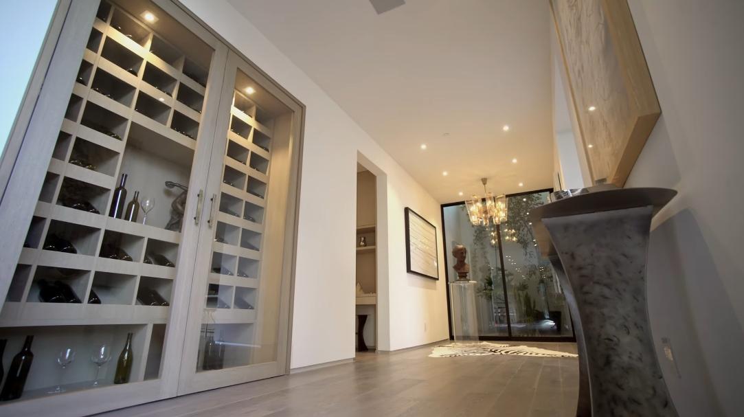 55 Interior Design Photos vs. 1860 N Doheny Dr, Los Angeles, CA Luxury Mansion Tour