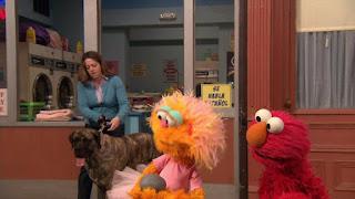 Zoe, Elmo, Hooper's Store, Sesame Street Episode 4310 Afraid of the Bark season 43