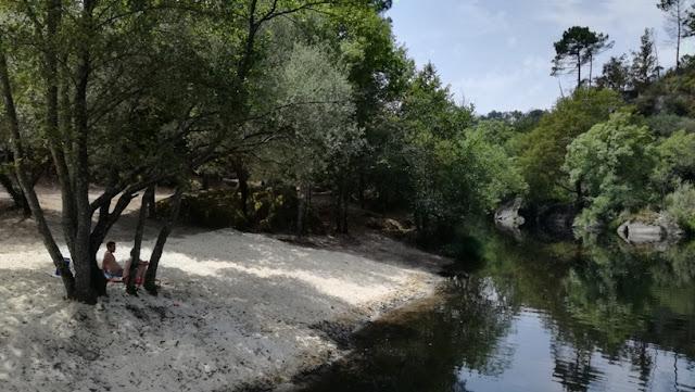 Praia Fluvial Natural do Pego
