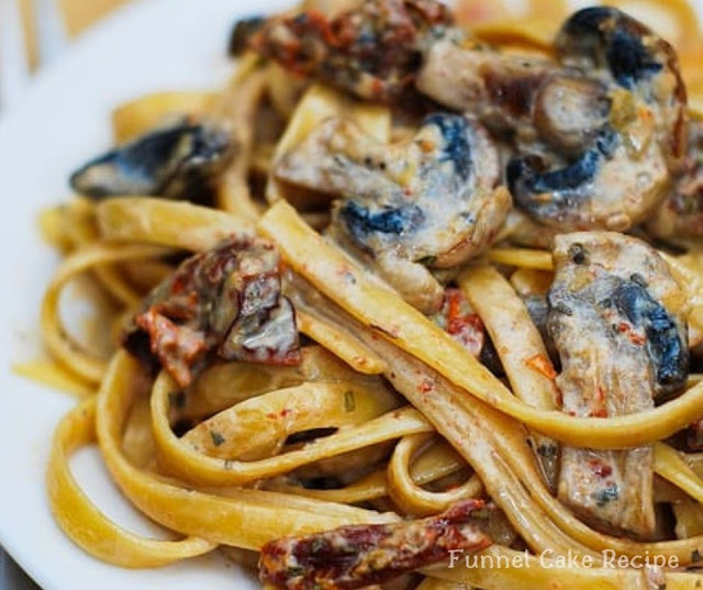 Dried Tomato And Mushroom Pasta With Garlic And Basil Sauce