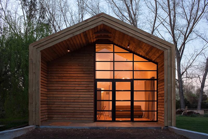 Caba as y refugios de monta a con una renovada - Refugios de madera prefabricados ...