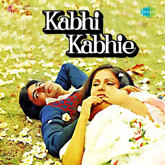Kabhi kabhi Mere Dil Mein Hindi Romantic Song Lyrics, Sung By Lata Mangeshkar & Mukesh.