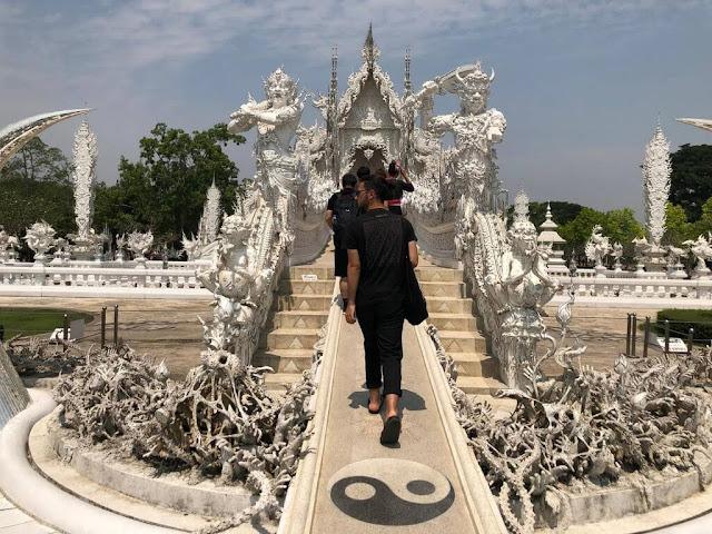 Wat Rong Khun - Templo Branco (White Temple)