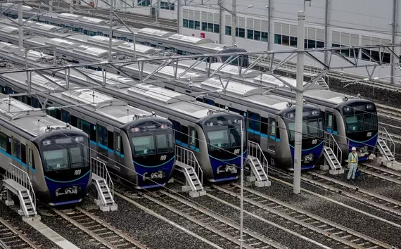 Kereta MRT Terjebak di Bawah Tanah Karena Listrik Padam