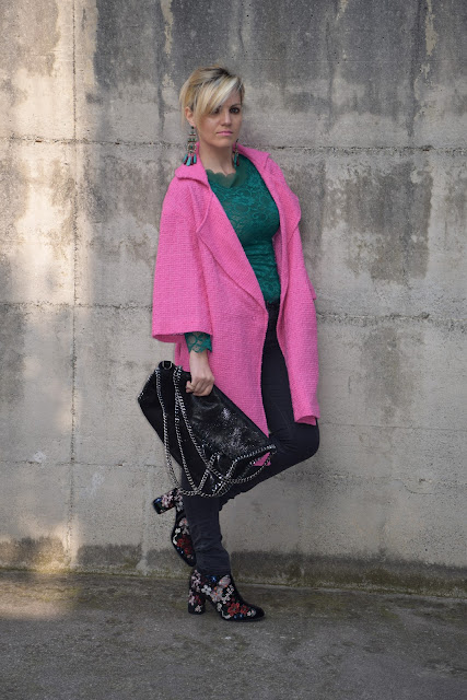 pink coat outfit how to wear pink coat mariafelicia magno fashion blogger fashion bloggers italy italian fashion bloggers march outfit spring outfit