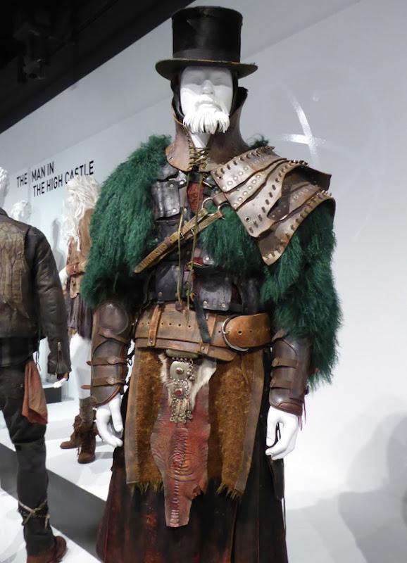 Defiance Sukar costume