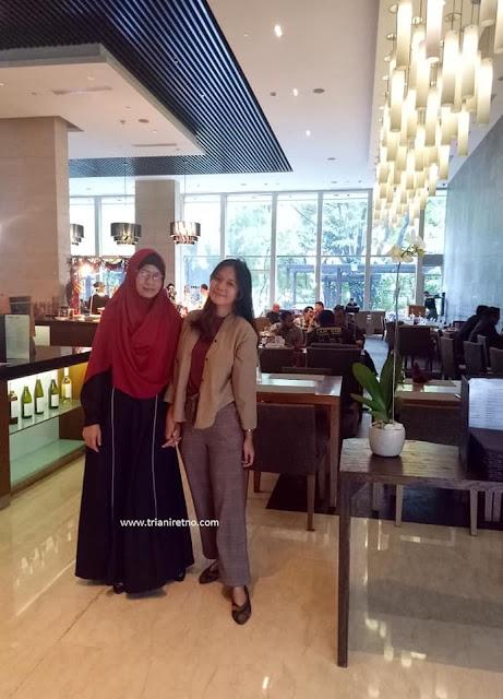Purnawarman Restaurant hotel hilton bandung
