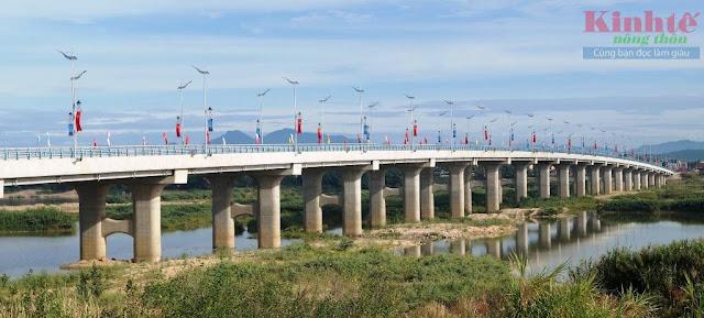 Cầu Thạch Bích qua sông Trà Khúc chính thức thông xe