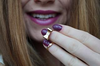 http://kasia-skalska.blogspot.com/2016/01/paznokcie-semilac-083-burgundy-wine.html