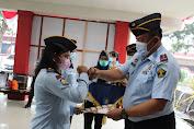 Rutan 1 Medan Berikan Penghargaan Kepada Pegawai Teladan