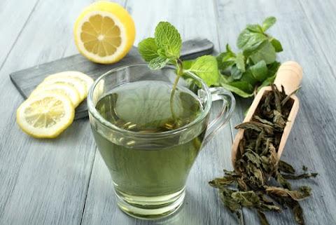 Mit igyál fogyókúra mellé? A legjobb italok, melyek segítik a zsírégetést, és oltják a szomjat