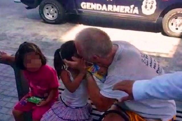 Denuncian a un adulto canadiense por besar a dos niñas