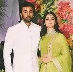 आलिया भट्ट अपने बॉयफ्रेंड रणवीर कपूर के साथ