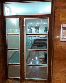 puerta acceso segura