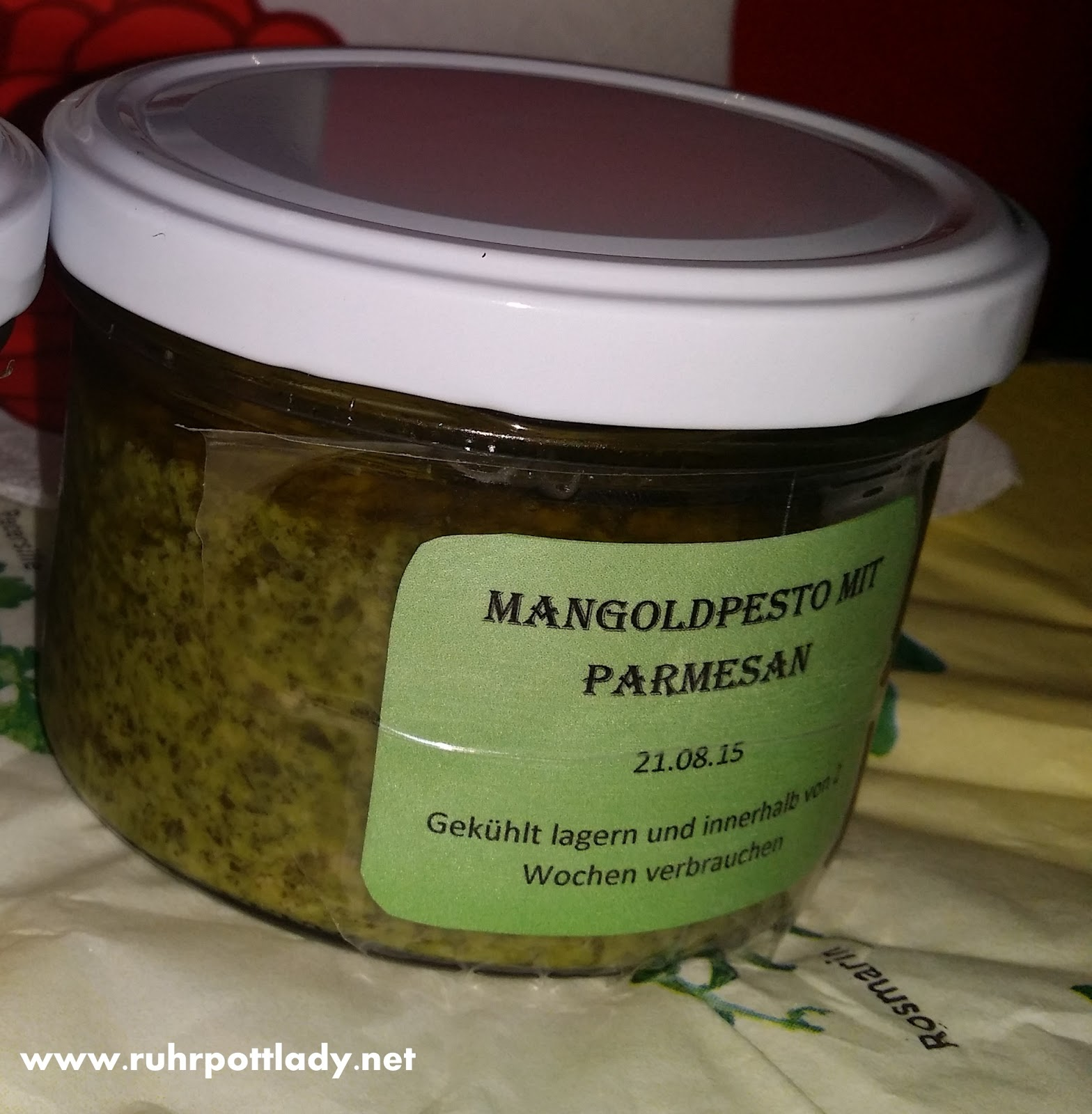 rezept mangold pesto mit parmesan. Black Bedroom Furniture Sets. Home Design Ideas