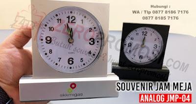 Souvenir Jam Meja Analog - JMP04, souvenir jam meja, jam meja murah, jam meja analog, jam weker, ataupun jam meja promosi murah