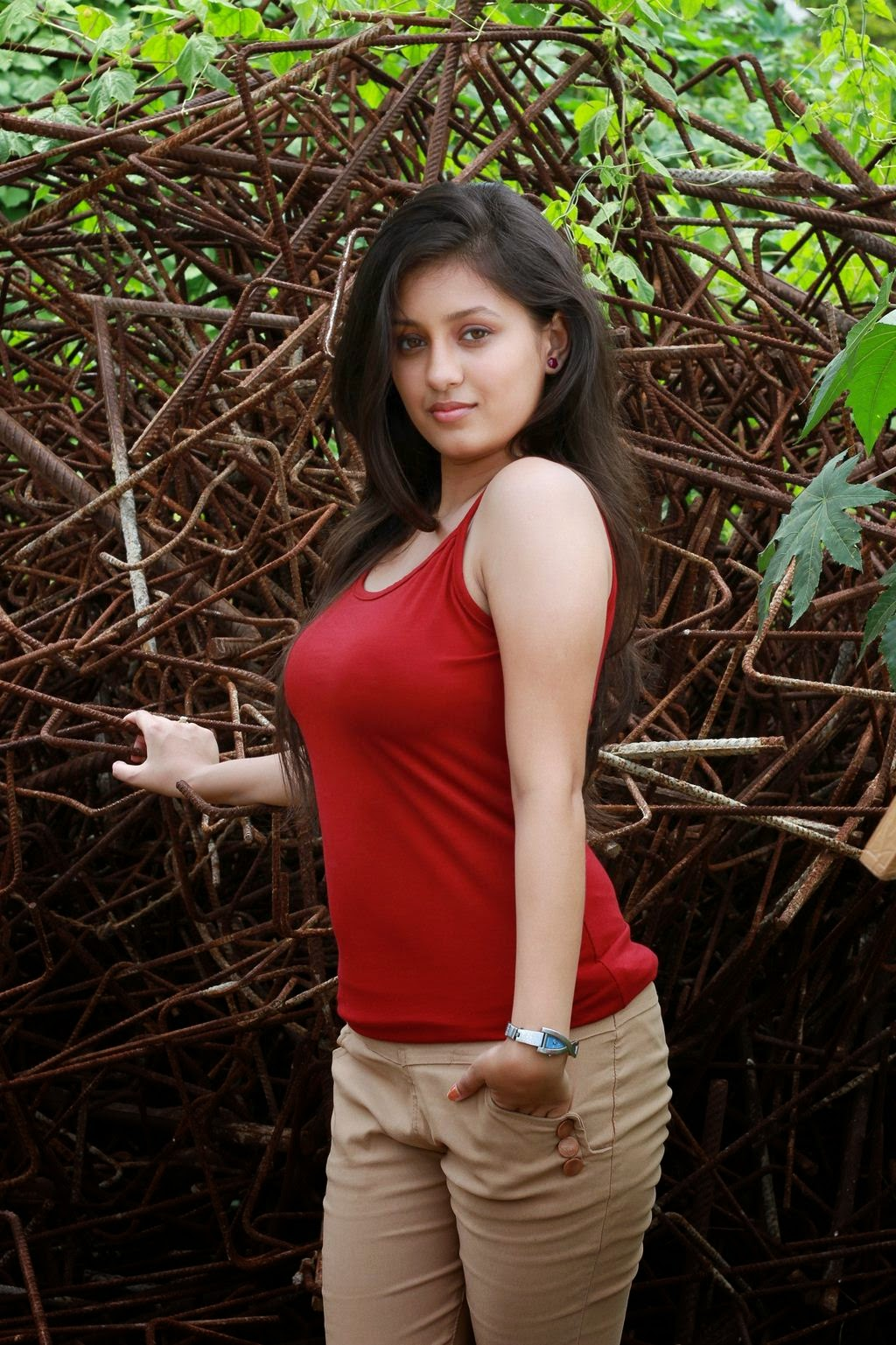 Pin by Dee on A1   Curvy beauty, Beautiful girl indian