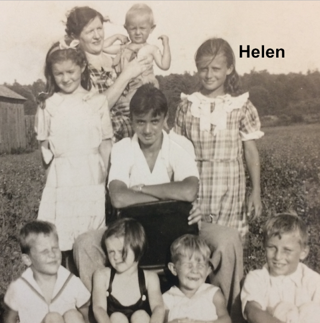 group photo of cousins and friends in 1920s Northampton Massachusetts, with Helen Gross