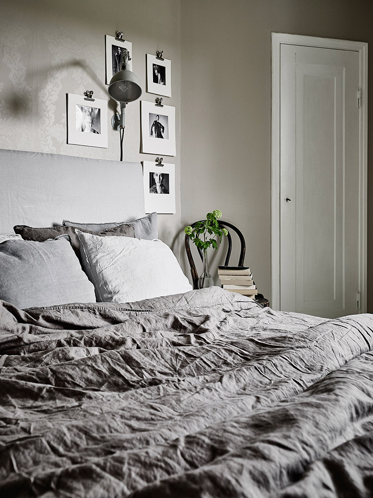 Black and white art on the bedroom wall | Grey Deco