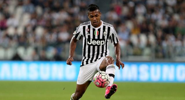AGEN BOLA - Chelsea Siapkan Tawaran Rp 1 Triliun untuk Boyong Alex Sandro Dari Juventus