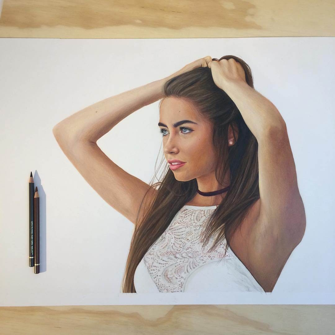 10-@emileevans-Jennifer-de-Boer-Pencil-Portraits-WIP-and-Complete-Drawings-www-designstack-co