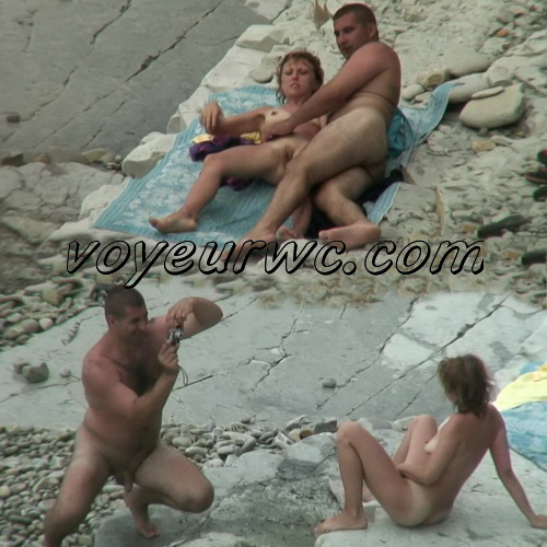 BeachHunters Sex 20971-21079 (Nude beach sex with nudist couples filmed on voyeur cam)