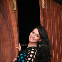 Actress pooja latest photoshoot images
