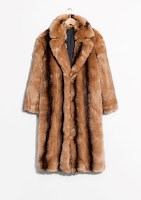 http://www.stories.com/be/Ready-to-wear/Outerwear/Faux_Fur_Coat/582949-0501678001.2
