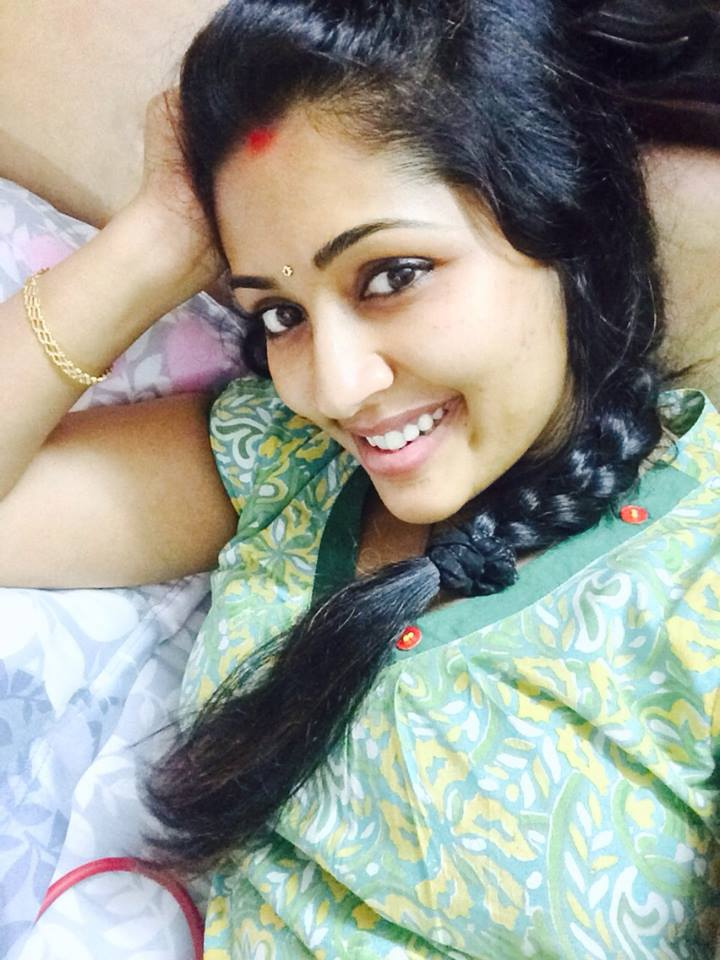Navya Nair New Sexy Facebook Pictures - FILM ACTRESS HOT ...