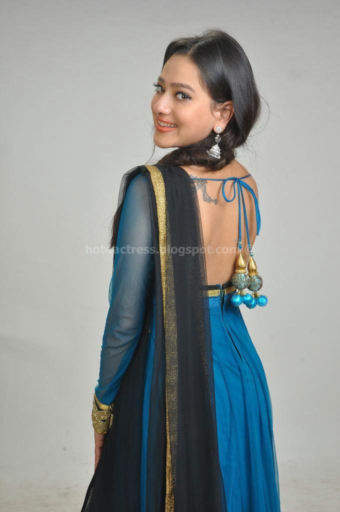 Madalasa sharma latest cute photos