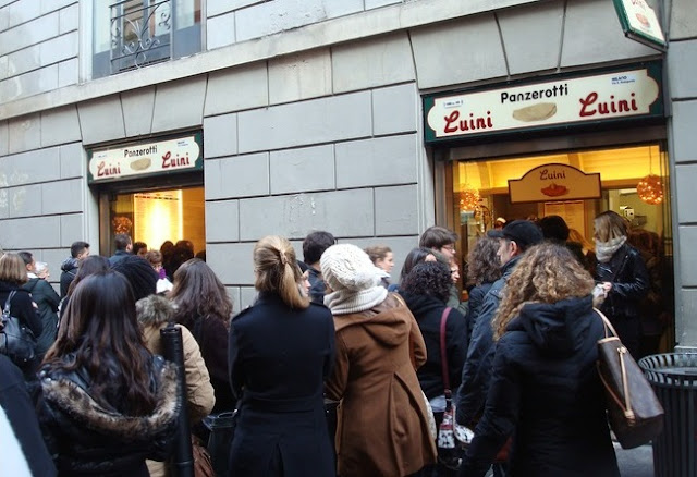 Panzerotti no Luini em Milão