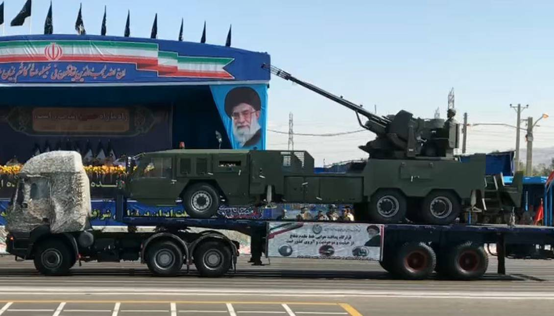 Senjata self-propelled anti-pesawat baru pertama kali didemonstrasikan di Iran