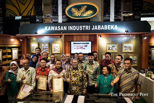 Lowongan Kerja Seluruh Indonesia PT. Jababeka Tbk, Jobs: Management Trainee.