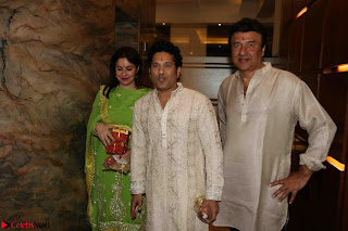 Sachin Tendulkar with his wife at Mata ka Jagrata hosted by Anu Malik 02.JPG