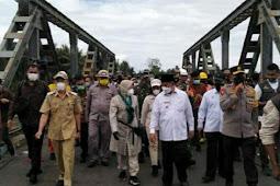 Tri Rismaharini Kunjungi Lokasi Banjir di Halmahera Utara