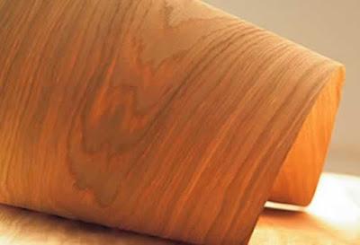 قشرة خشب طبيعي على شكل رول