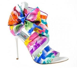 Gökkuşağı Renlerinde Bantlı Bilek Kısmı Kalın Bantlı İnce Topuklu Yazlık Ayakkabı