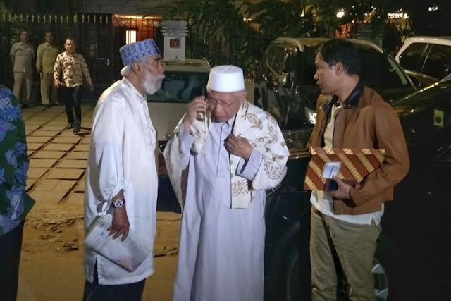 Diajak Masuk Timses Prabowo-Sandi, Ini Jawaban GNPF Ulama