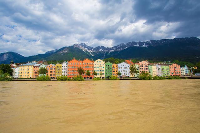Rainbow houses-Innsbruck