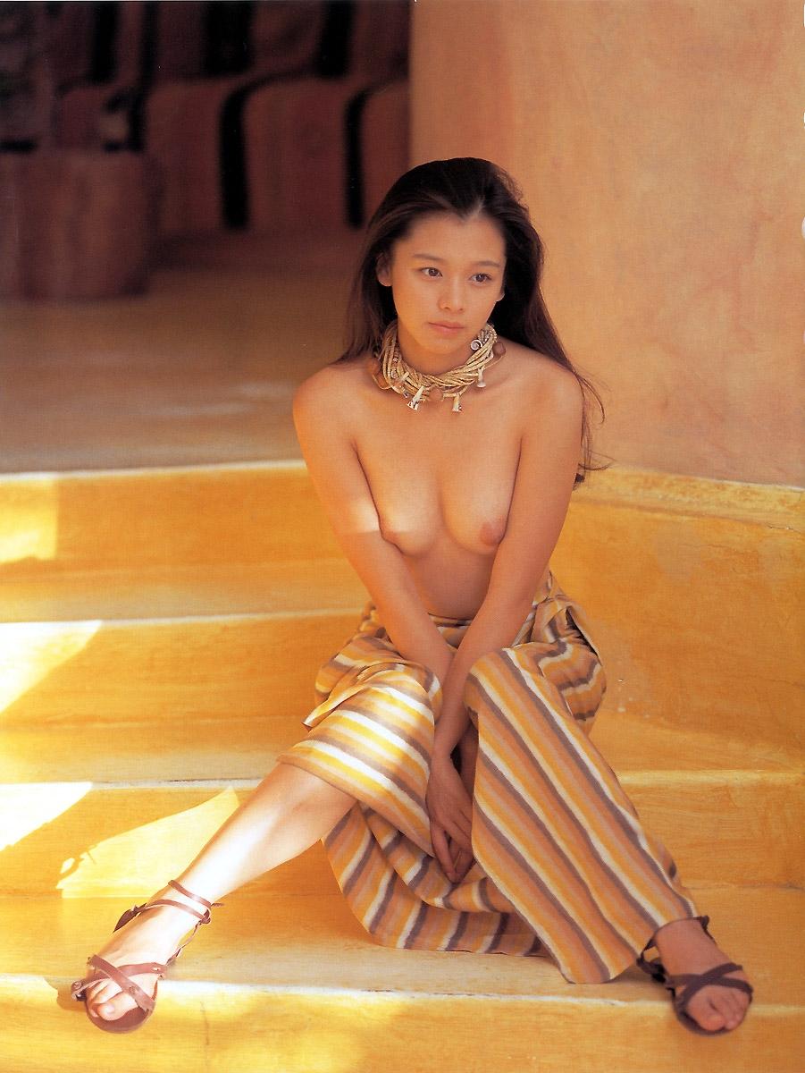 Vivian hsu topless, ebony big booty mom