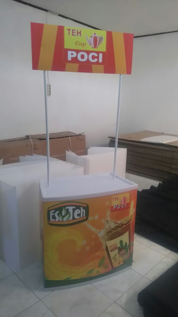 Meja Bazar Minuman