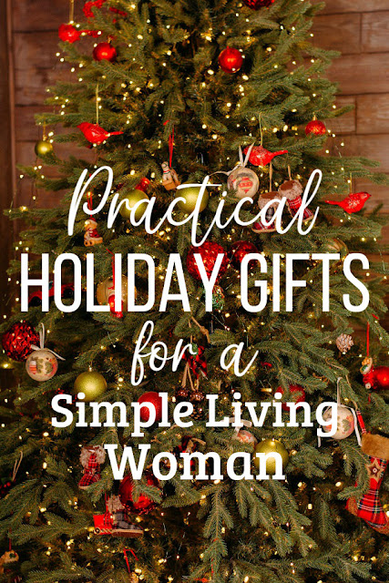 Holiday gifts for the simple living and homesteading woman. #Christmas #giftlist #giftideas