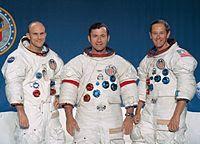 Kru Apollo 16