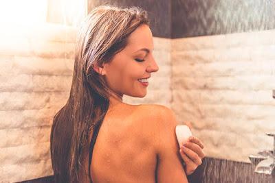 Comment faire un savon au persil pour traiter les taches sur le visage
