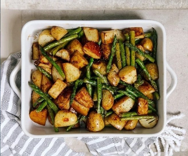 Balsamic Roasted New Potatoes With Asparagus #roasted #vegetarian