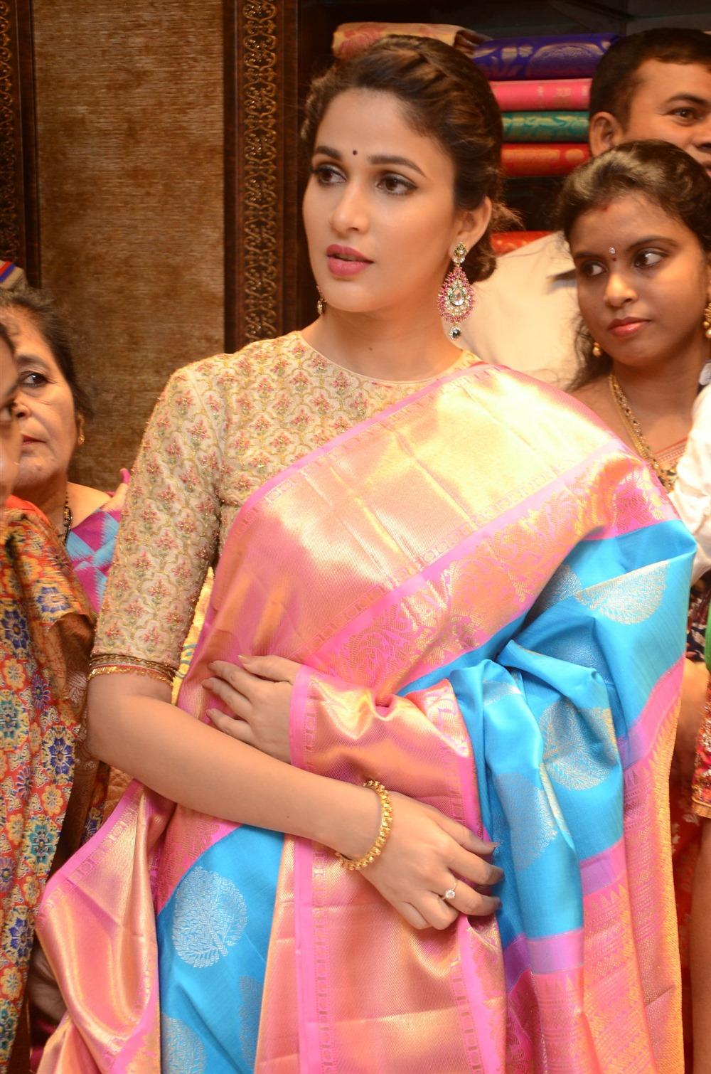 Lavanya Tripathi Launches Kanchipuram Kamakshi Silks
