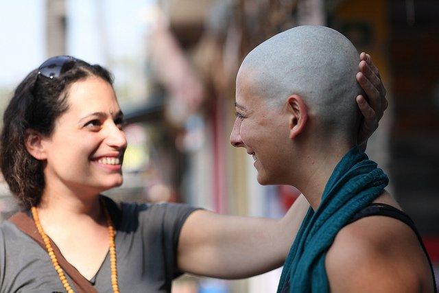 Lover bald at tirupati video