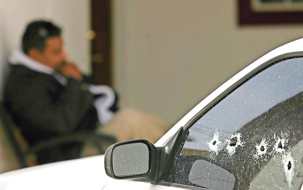 'Revientan' casa de seguridad del Cartel de Sinaloa en San Isidro; detienen a 7