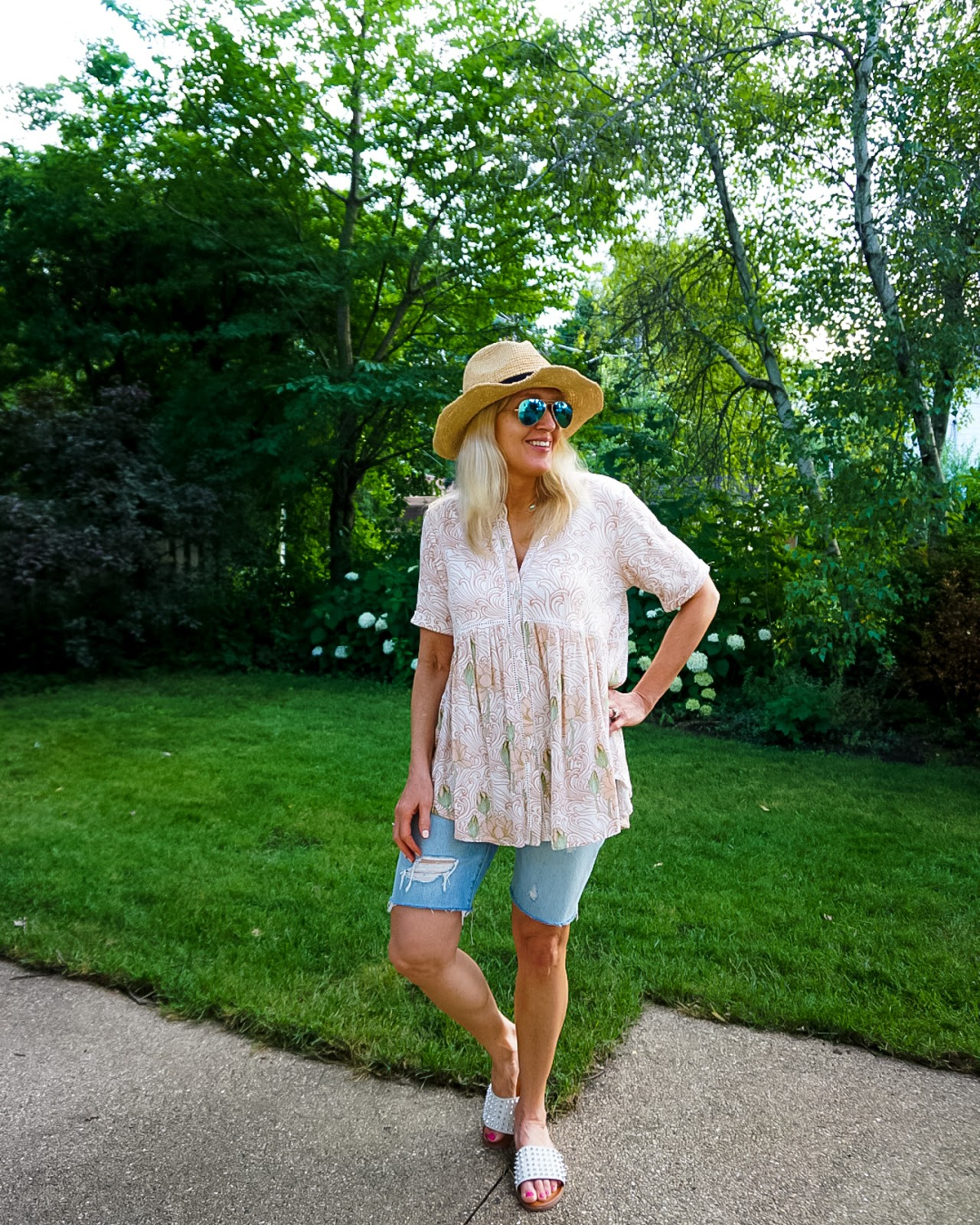 An Easy Way to Style Denim Bermuda Shorts